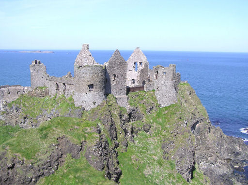 Northern Ireland Tours Dunluce Castle